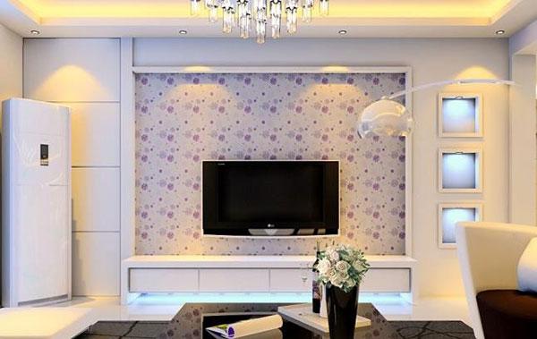 一些业主错误的以为,只要是放电视的墙面一定要做成背景墙,而不顾空间大小等因素。实际上,对于房子空间面积较小的业主来说,不宜为电视装修背景墙。此外,即使空间较大,背景墙也不是越大越好,应根据房间大小及电视的尺寸来决定背景墙的大小。