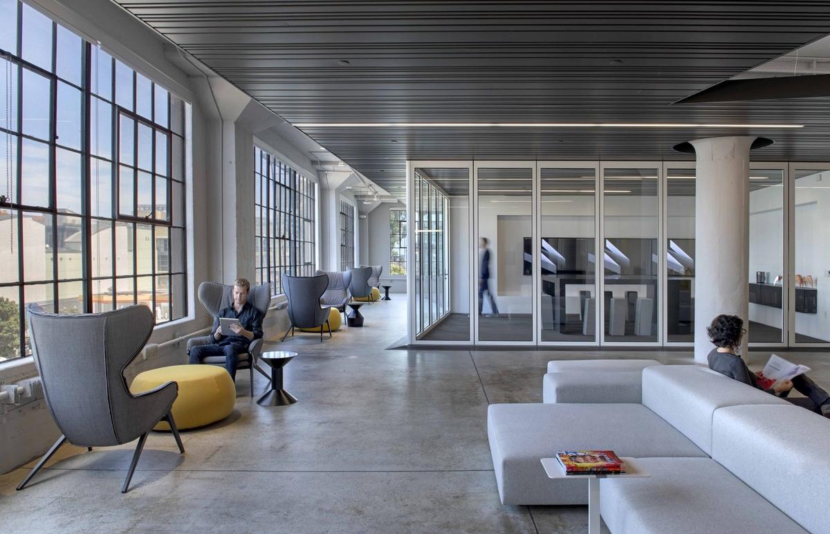 Wired杂志旧金山办公室空间设计