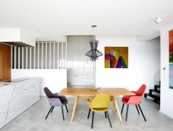 布拉格漂亮简约的三层住宅装修设计