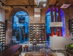 Adidas Originals莫斯科旗舰店室内,体育投注