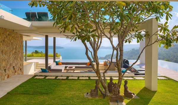 户外壮美的景观欣赏:25个大气豪华的客厅设计