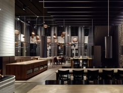 Motel One时尚黑酷的餐厅皇冠新2网