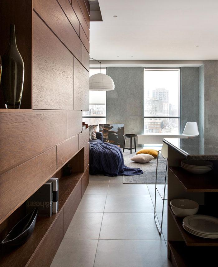 温暖的色彩和精细的质感:乌克兰现代公寓装修设计