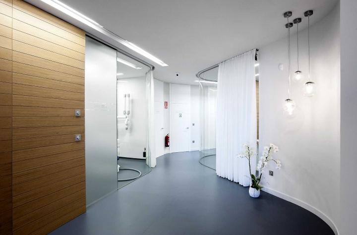 西班牙Lago牙科诊所室内空间设计