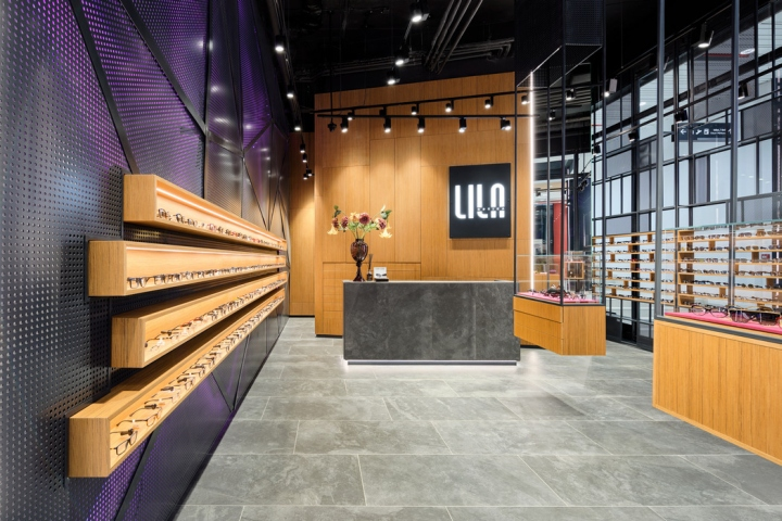 LILA 2眼镜店空间设计