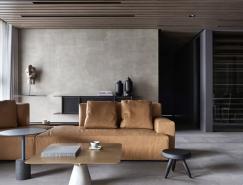 平静自然的深色调极简风格住宅装修亚洲城最新网址