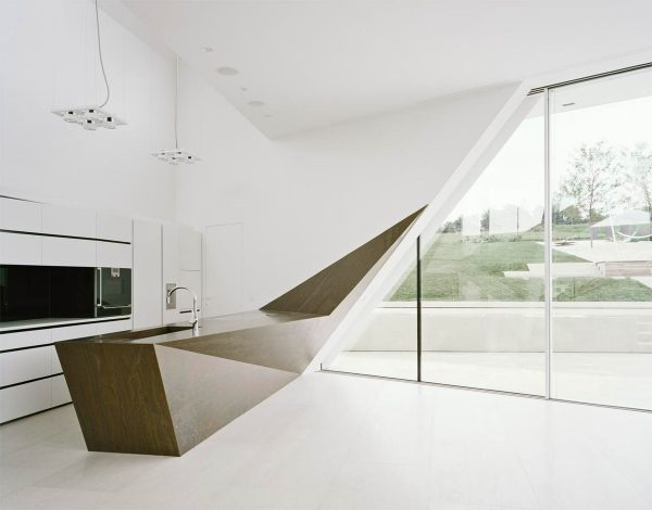 geometric-minimalist-kitchen-island-600x
