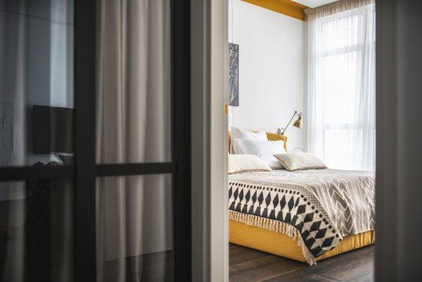 Geometric-bed-coverlet-600x401.jpg