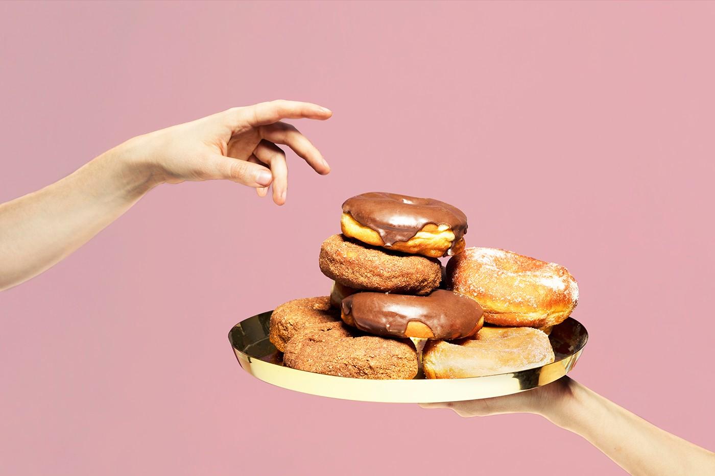 Sabah甜品店视觉形象和店面装修设计